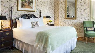 Queen Bedroom, Jared Coffin House