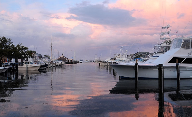 nantucket-boat-basin-massachusetts-sunset