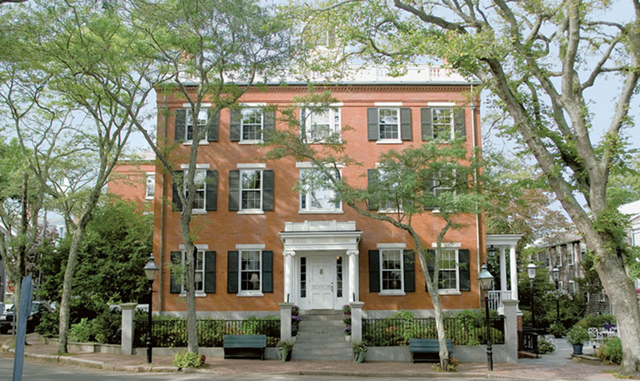 Top 5 Reasons to Stay at Jared Coffin House