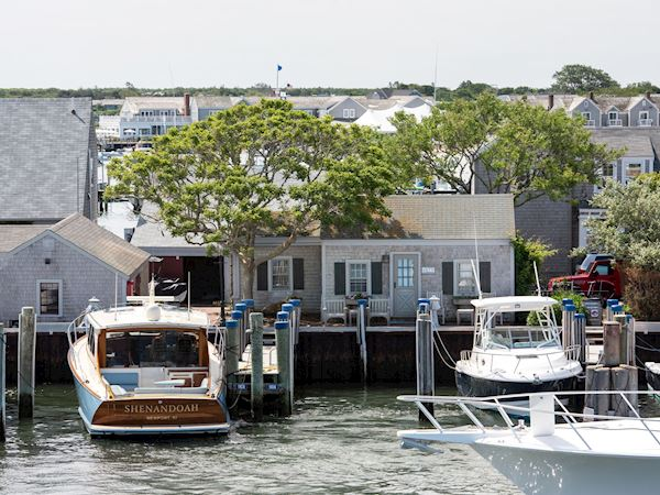 The Cottages at Nantucket Boat Basin